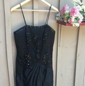 Dresses & Skirts - Menekshe Silk Sequin Formal Dress